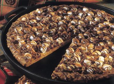 Halloween Cookie Pizza… YUM!