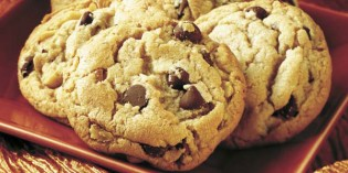 Chocolate Chip Cookies, Crisp and Crunchy or Thick and Chewy?