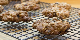"The ""Ultimate"" Chewy Oatmeal Cookies"