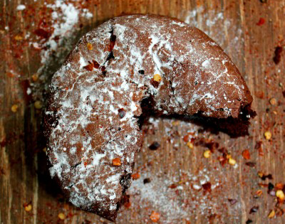 New Year's Resolutions & Grilled Flour-less Dark Chocolate Cayenne Cake
