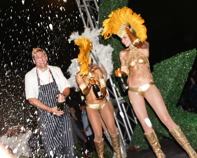 chef curtis stone at the q after dark