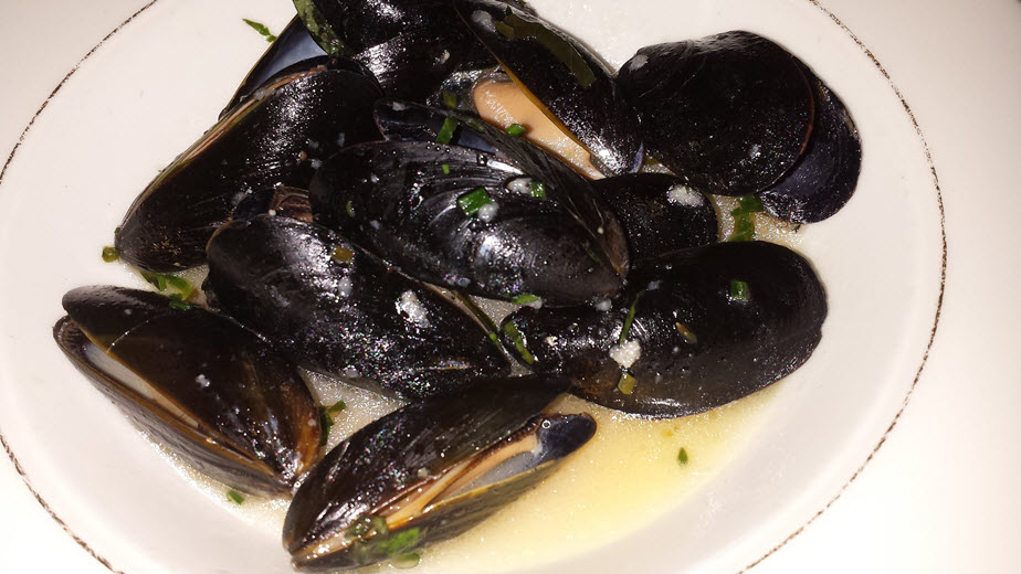 delmonicos mussels
